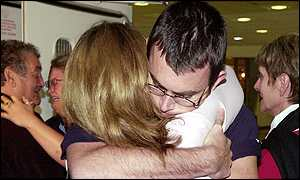 Jonathan Artery and his mother Gaynor at Heathrow
