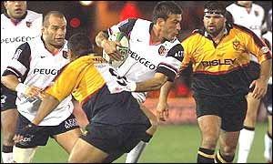Toulouse full-back Xavier Garbajosa is tackled before later being sent off