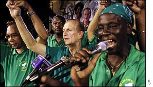 Former PM Edward Seaga with members of his Labour Party at a rally in Sam Sharpe Square, Montego Bay