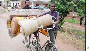 Congolese fleeing recent fighting