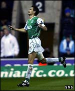 Ian Murray celebrates putting Hibs in front