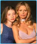 Buffy (R) and sister Dawn