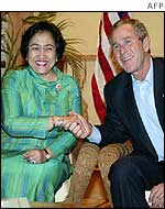 Indonesian President Megawati and US President George Bush