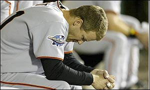San Francisco's Jeff Kent epitomises the Giants problems as he contemplates a sorry end to the season