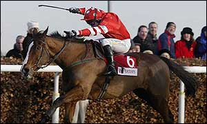 Maguire wins the 2001 King George VI Chase on Florida Pearl