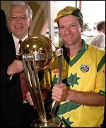 Steve Waugh with the World Cup trophy