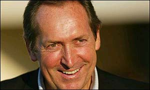 Liverpool manager Gerard Houllier