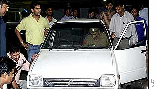 Delhi police checking a car following the militant's killing