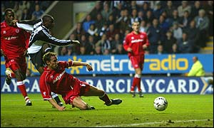 Newcastle Shola Amoebi scores in the North East derby