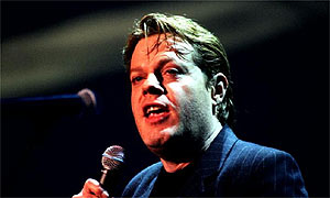 Eddie Izzard is to take up the role of Bri in New York