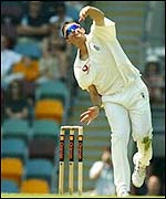Ashley Giles bowling in Brisbane