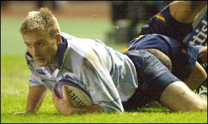 Stuart Moffat scores during Scotland's 37-10 win over Romania