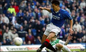 Michael Mols gives Rangers the lead at Ibrox
