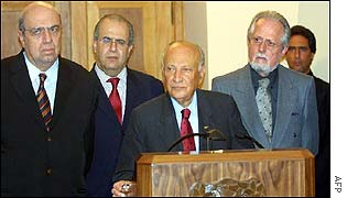 Greek Cypriot leader Glafcos Clerides (centre)