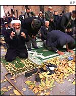 Turkish Muslim men pray