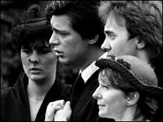 Jeremy Bamber (second left)