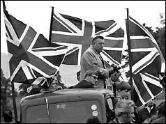 Ian Paisley speaking to the Orange Lodge marchers at Knocknagoney, Belfast.