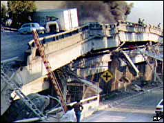 parts of the oakland freeway collapsed