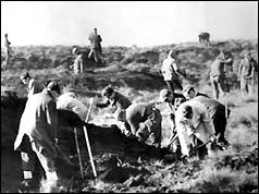 Police dig at Saddleworth Moor in 1965