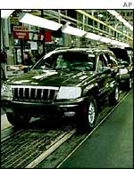 A production line of Jeep Grand Cherokees