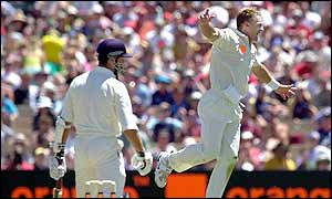 Australia's Andy Bichel celebrates prematurely as Vaughan is given not out