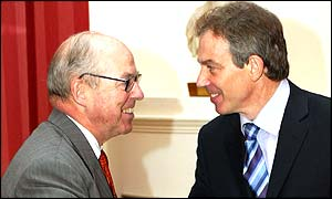 Hans Blix with Tony Blair in Downing Street