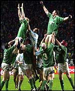 Malcolm O'Kelly and Leo Cullen dominate line-out against the PUmas