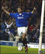Shota Averladze celebrates Rangers' third goal
