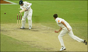 Glenn McGrath finishes with figures of 4-41