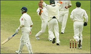Alec Stewart falls to Shane Warne just minutes after Craig White's cheap dismissal