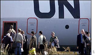 UN weapons inspectors board a plane in Cyprus on Monday
