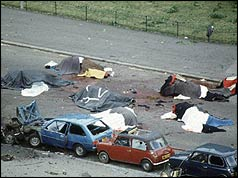 Photo of the aftermath of the Hyde Park bomb