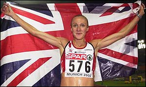 Paula Radcliffe celebrates winning European 10,000m gold in Munich
