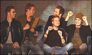 Westlife at the Smash Hits awards (l-r) Mark Feehily, Kian Egan, Nicky Byrne, Shane Filan and Bryan McFadden