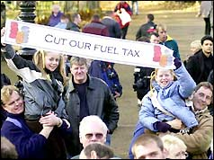 Fuel tax protesters in Hyde Park, London