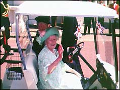 Queen Mother greets the crowds on her 95th birthday, Aug 1995