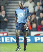 Arsenal's Sol Campbell is dismissed at Southampton