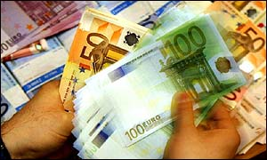 Euro notes being counted