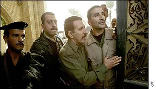 Iraqi officials open the gates