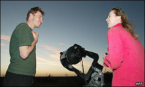 German tourists set up auto-tracking telescope in desert near Purple Downs, Australia