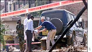Investigators measure a Pajero - the same model used in the bomb attack on Paradise Hotel