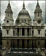 St Paul's Cathedral: half clean, half dirty