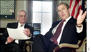 George Bush and outgoing Treasury Secretary Paul O'Neill