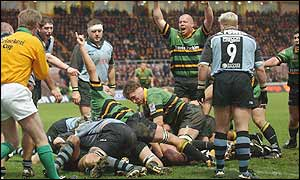 Northampton celebrate Mark Soden's opening try