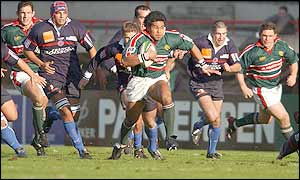 Leicester's Freddie Tuilagi escapes the Beziers defence