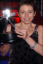 Marathon runner Jane Tomlinson with the Helen Rollason Award
