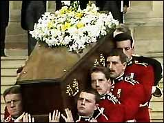 Funeral bearers carrying the coffin