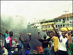 Photo of rioting Nigerians