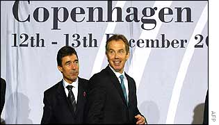Danish Prime Minister Anders Fogh Rasmussen (left) and British Prime Minister Tony Blair