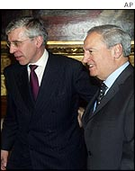 UK Foreign Secretary Jack Straw and Syrian Foreign Minister Farouq al-Sharaa